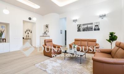 Eladó Lakás, Budapest, 7 kerület, Körúton Frissen felújított és bútorozott 4 szobás