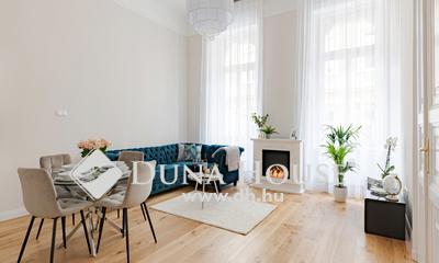 Eladó Lakás, Budapest, 6 kerület, *Gyönyörű, felújított lakás a Nagymező utcában!*