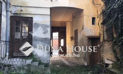 Eladó Lakás, Zala megye, Nagykanizsa, Belvárosban felújítandó 3 lakásos társasház