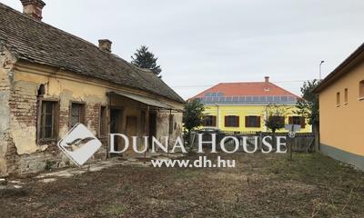 Eladó Ház, Somogy megye, Csurgó, Csurgó központjának közelében eladó építési telek