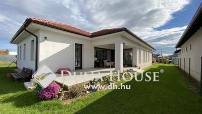 Eladó Ház, Vas megye, Szombathely, Új, 5 szobás, garázsos családi ház, 886 m2 telken!
