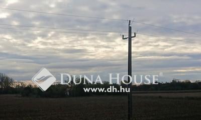 Eladó Ház, Győr-Moson-Sopron megye, Győr, Főút mentén