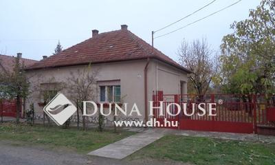 Eladó Ház, Bács-Kiskun megye, Izsák, Mária utca