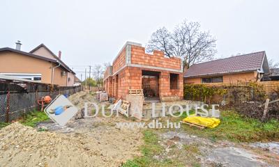 Eladó Ház, Pest megye, Őrbottyán, Csendes mellékutcában 4 lakószobás ikerház