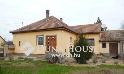 Eladó Ház, Bács-Kiskun megye, Kerekegyháza, Kerekegyházán 3 szobás, FELÚJÍTOTT családi ház