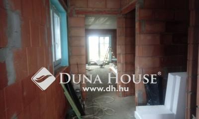 Eladó Ház, Pest megye, Veresegyház, ÚJ építésű családi ház a központban