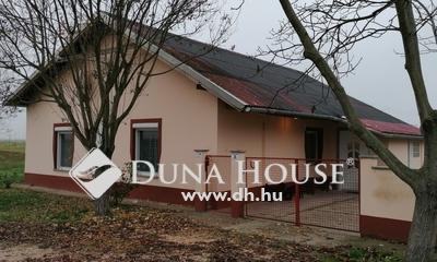 Eladó Ház, Bács-Kiskun megye, Pálmonostora, Bácskiskun megye vége tábla