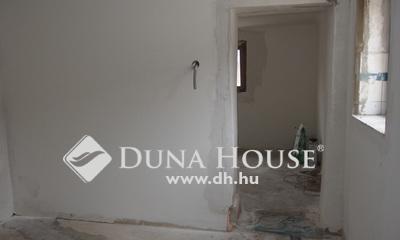 Eladó Ház, Bács-Kiskun megye, Kiskunfélegyháza, Teljesen leválasztott házrész az öreg Bankfaluban