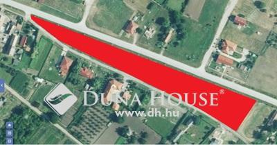 Eladó Telek, Pest megye, Nagykőrös, 6418 nm belterületi, kivett beépítetlen terület
