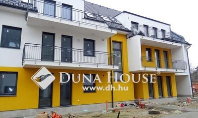 Eladó Lakás, Bács-Kiskun megye, Kecskemét, 2020-ban épült, belvárosi, erkélyes lakás