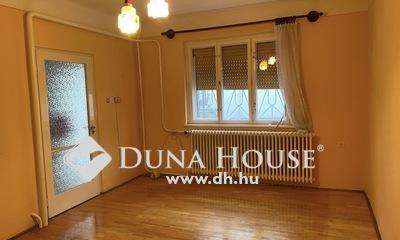 Eladó Ház, Budapest, 18 kerület, Csendes, nyugodt,központhoz közel.