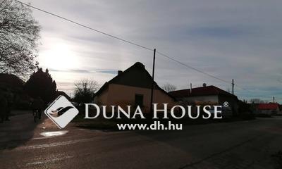 Eladó Ház, Bács-Kiskun megye, Kiskunfélegyháza, Kőrösi utca