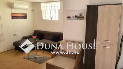 Eladó Ház, Somogy megye, Siófok, pár száz méterre a lenyűgöző Balaton parttól